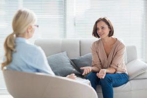 Gooise Psychologen Praktijk psycholoog-gesprek-300x200 Corona update en policy  Gooise Psychologen Praktijk